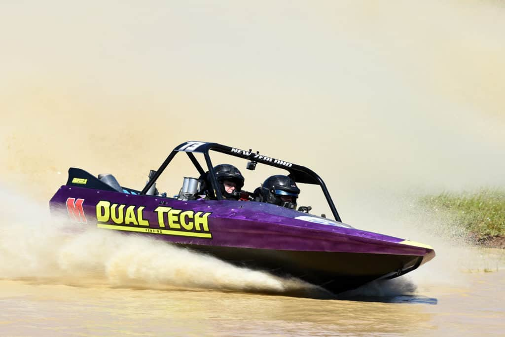 jet sprint super boat dual tech is a Sprintec engineered boat